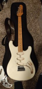 1984 Ibanez Roadstar II RS135 in white before restoration